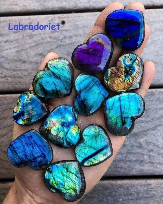 Blog Edelstenen en Mineralen van Jade, In-Syn